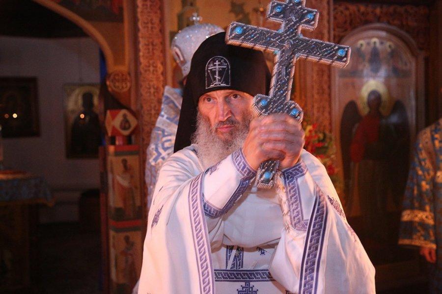 Экс-духовник Поклонской предал анафеме всех, кто верит в пандемию